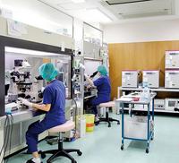 体外受精や顕微授精を行うための培養室
